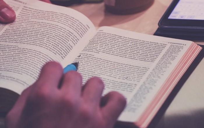 brieven van paulus in de bijbel